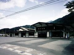 中央線南木曽駅舎